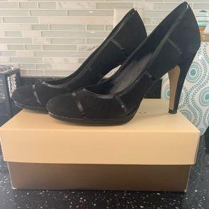 Black heels with platform